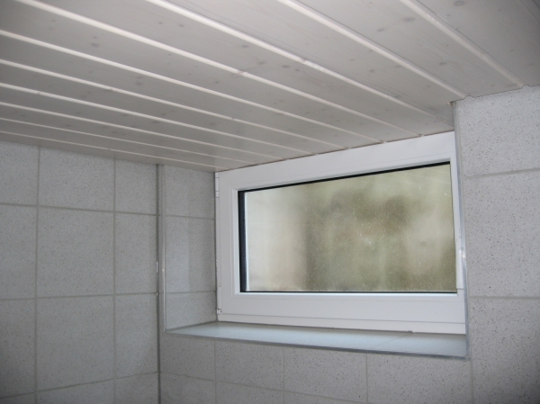 holzdecke wei lasieren holzdecke wei lasieren haus dekoration balkon holz lasieren kreative. Black Bedroom Furniture Sets. Home Design Ideas